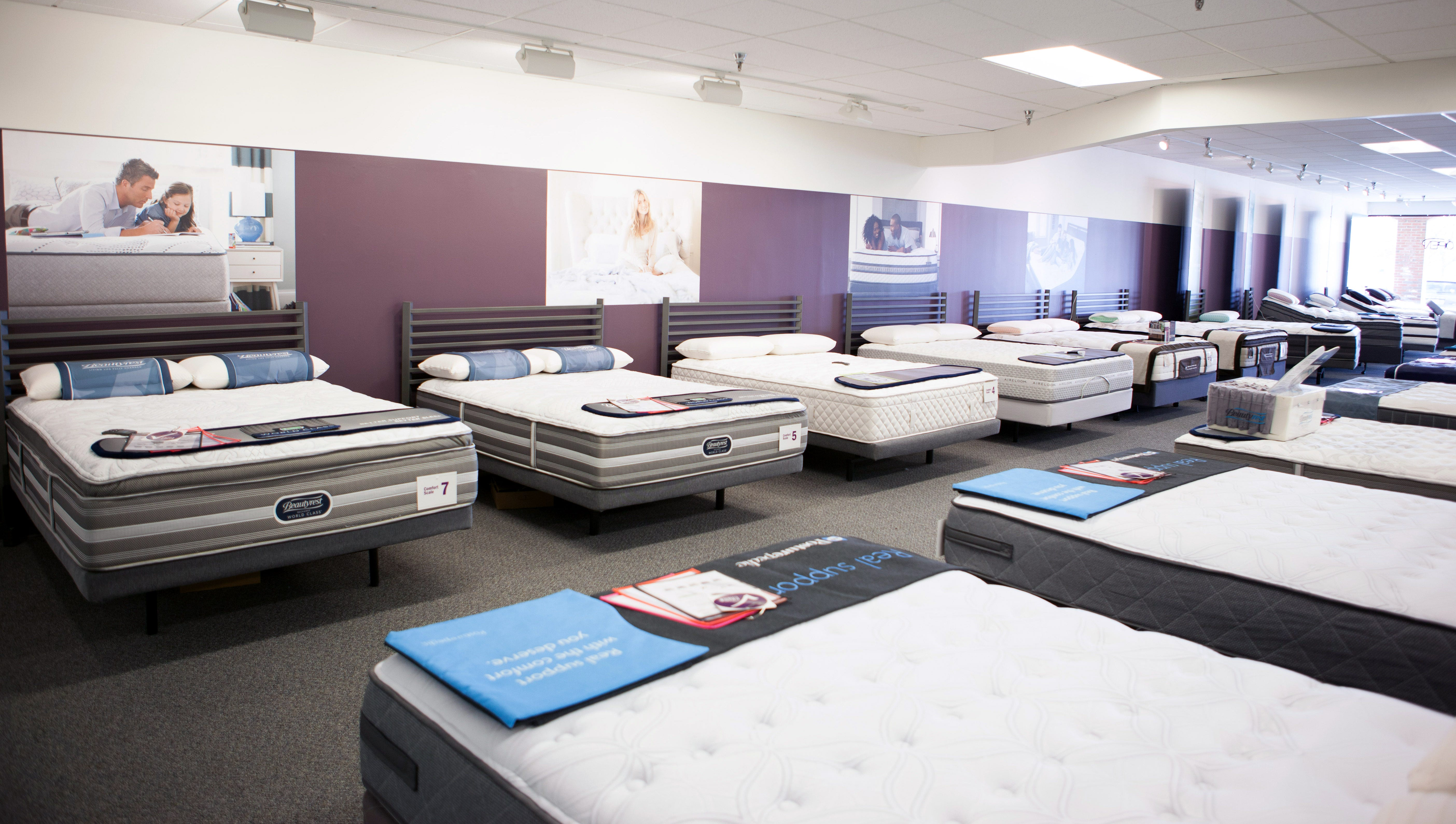 Commerce MI mattress showroom