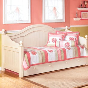 Signature Design by Ashley - Bedroom Furniture