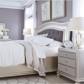 Signature Design by Ashley Coralayne 4 Piece King Bedroom Group
