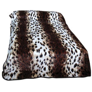 College Covers Leopard Print Throw Blanket