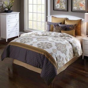 Hallmart Brylee Comforter Set