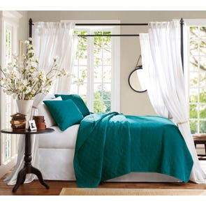 Hampton Hill Peacock Coverlet Set by JLA Home