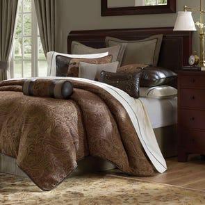 Hampton Hill Drummond Comforter Set by JLA Home