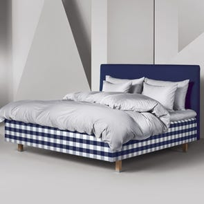 King Hastens Excel Frame Bed at Hastens Detroit