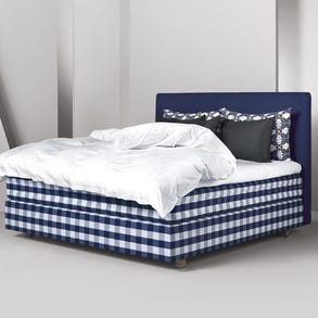 King Hastens Herlewing Bed