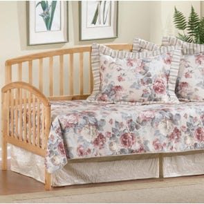 Hillsdale Furniture Carolina Daybed in Country Pine