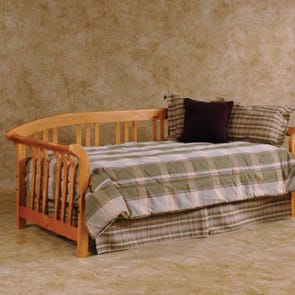 Hillsdale Furniture Dorchester Daybed in Country Pine