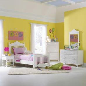 Hillsdale Furniture Lauren Dresser