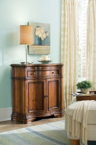 Hooker Furniture Waverly Place Shaped Hall Console