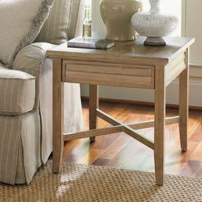 Lexington Monterey Sands Fair Oaks Lamp Table