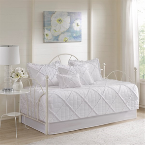Madison Park Rosie 6 Piece Daybed Set in White by JLA Home