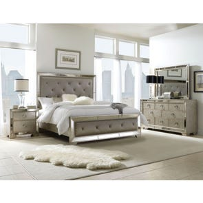 Pulaski Farrah Queen Upholstered Bed