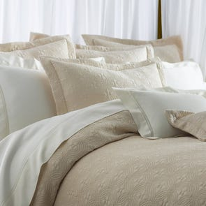 Peacock Alley Lucia Matelasse Queen Coverlet