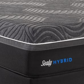 Queen Sealy Posturepedic Hybrid Premium Silver Chill Plush 14 Inch Mattress + FREE $200 Visa Gift Card