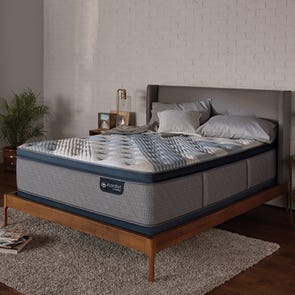 King Serta iComfort Hybrid Blue Fusion 4000 Plush Pillow Top 16 Inch Mattress