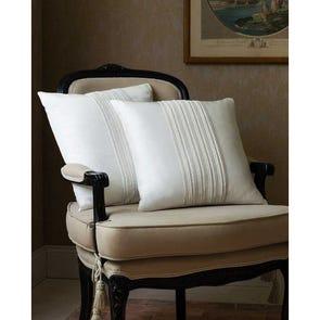 SFERRA Denzio Decorative Pillow in Cream