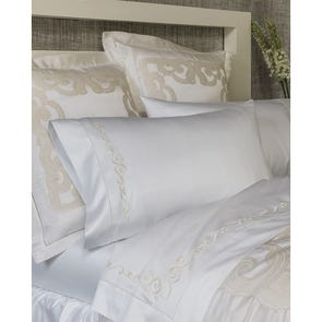 SFERRA Severina Queen Flat Sheet in White/Ivory