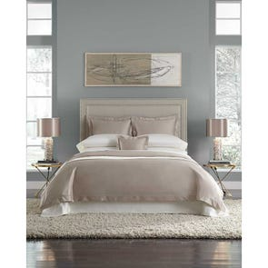 SFERRA Lucio Cal King Fitted Sheet in Ivory