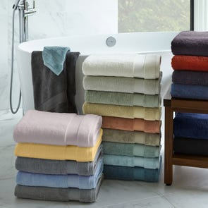 Clearance Bello Hand Towel in Brown OVLB0818141