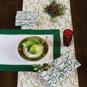 SFERRA Frolic Table Runner
