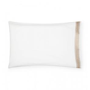 Sferra Intreccio 42 Inch King Pillowcase Pair in White/Gold