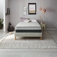 Deals on Twin Simmons Beautyrest BR Foam Medium 7.5 Inch Mattress
