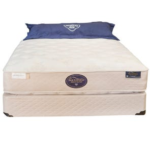 King Spring Air Hotel & Suites Collection Grand Resort Plush 13.5 Inch Mattress