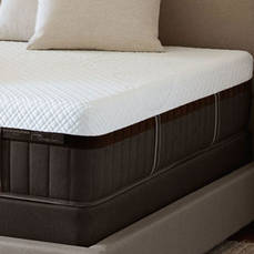 King Stearns & Foster Lux Estate Hybrid Lola Marie Luxury Firm Mattress