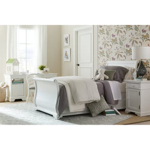 Stone & Leigh Teaberry Lane Twin Sleigh Bed in Stardust