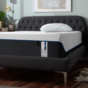 King Tempurpedic Tempur Luxe Adapt Soft 13 Inch Mattress + FREE $300 Visa Gift Card