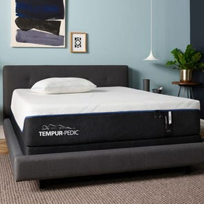 Queen Tempurpedic Tempur Pro Adapt Soft 12 Inch Mattress + FREE $300 Visa Gift Card