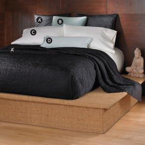 Wildcat Territory Shanti Bedding Set in Black